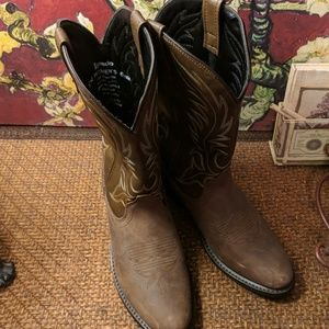 Ladies Laredo Western Kadi 🤠 cowboy boots.